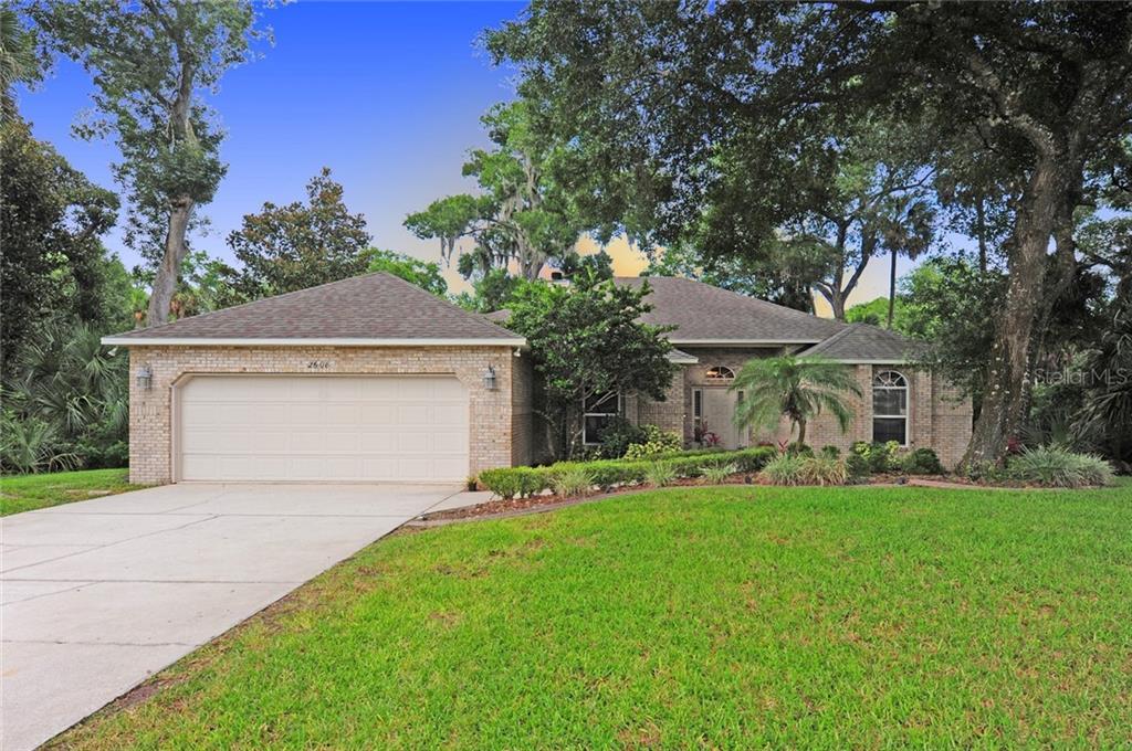 2608 Spruce Creek Boulevard Property Photo