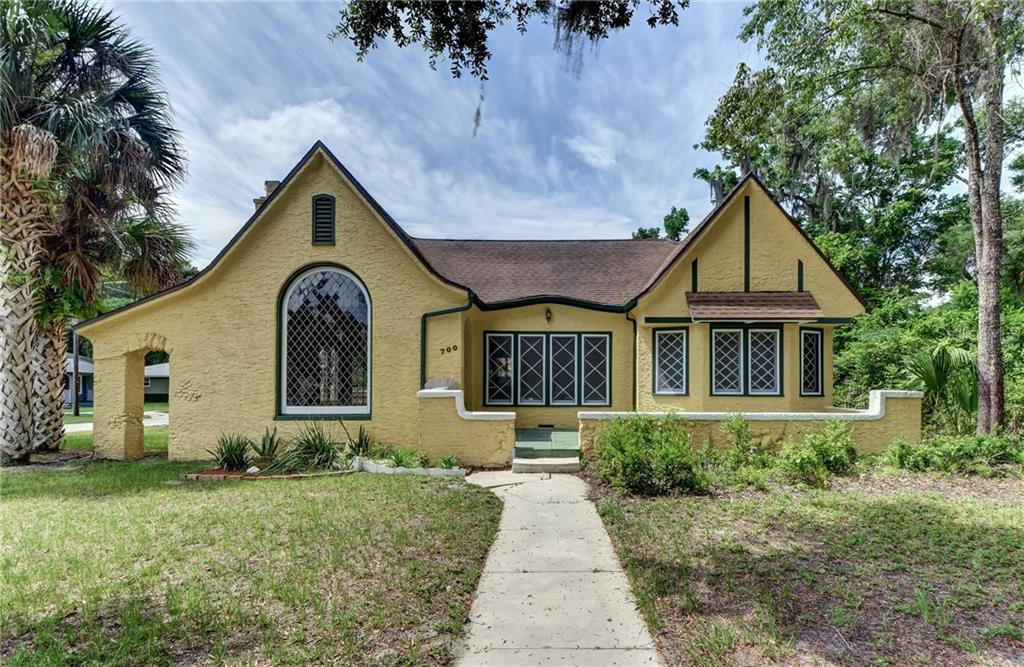 700 W HIGHLAND AVE Property Photo - DELAND, FL real estate listing