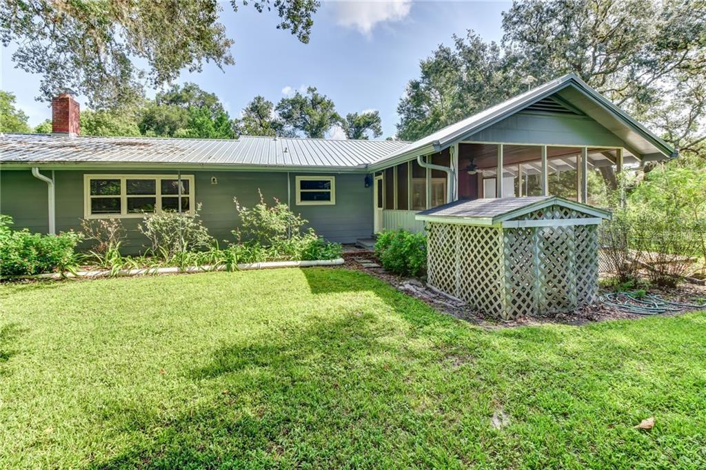 363 N PINE ST Property Photo - PIERSON, FL real estate listing