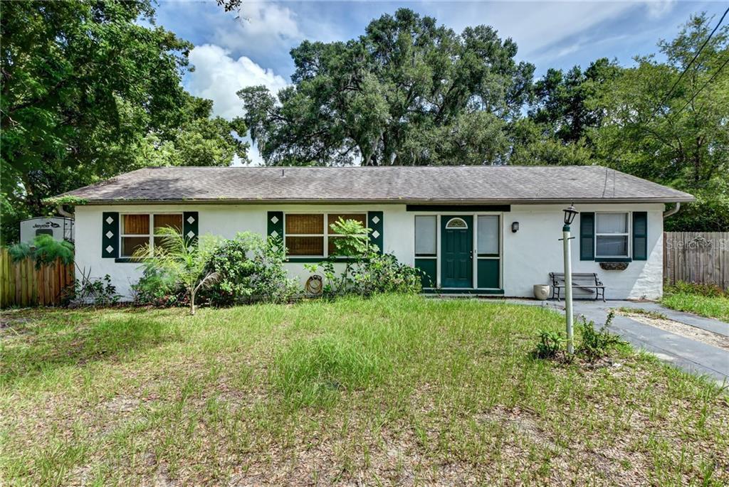 207 E WASHINGTON AVENUE Property Photo - DELAND, FL real estate listing