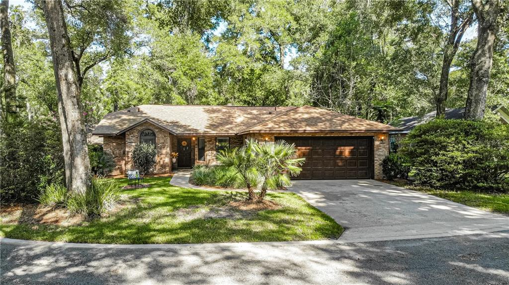 416 SECLUDED OAKS TRL Property Photo - DELAND, FL real estate listing