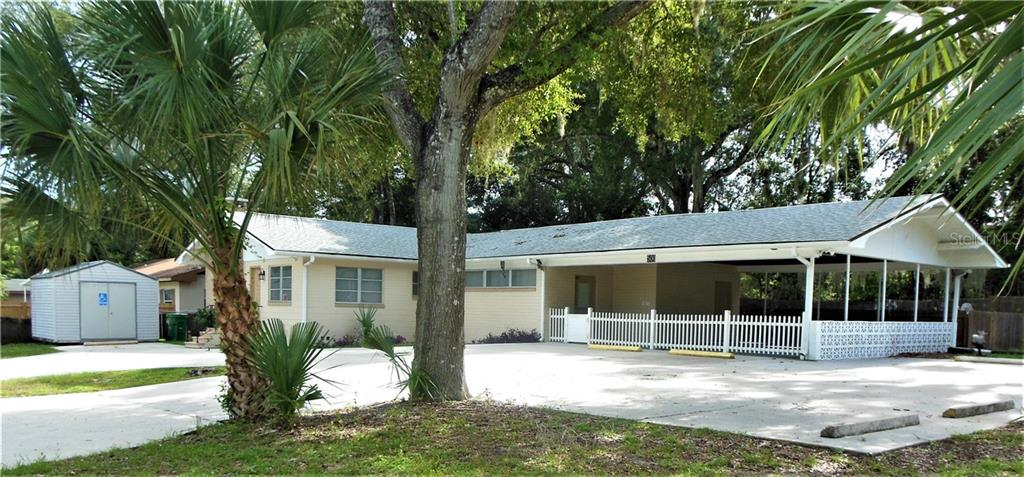 500 S DEXTER AVENUE Property Photo - DELAND, FL real estate listing