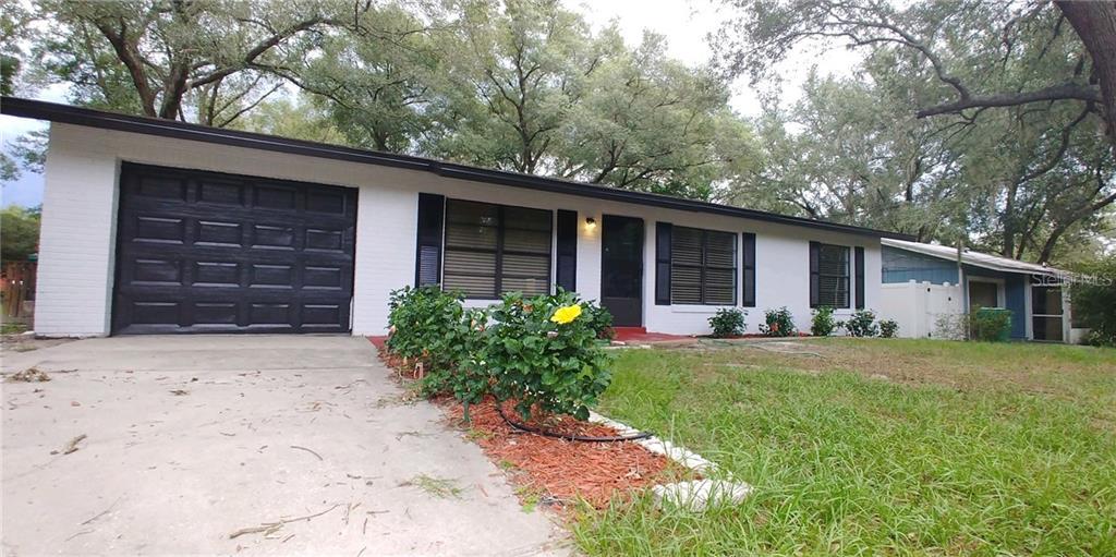 610 S BLUE LAKE AVENUE Property Photo - DELAND, FL real estate listing