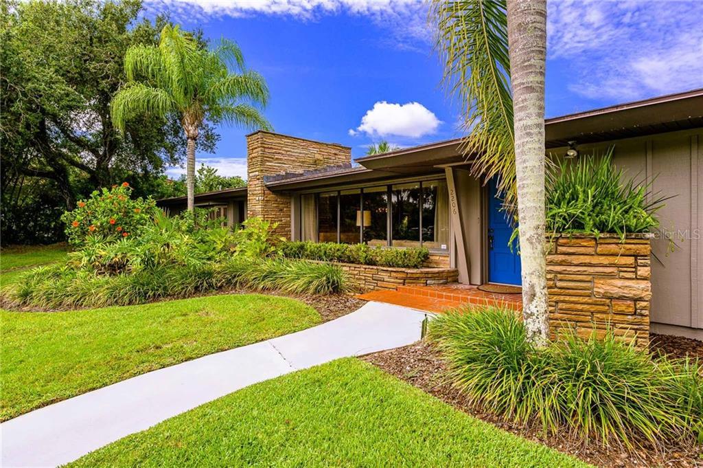 2206 S Peninsula Drive Property Photo