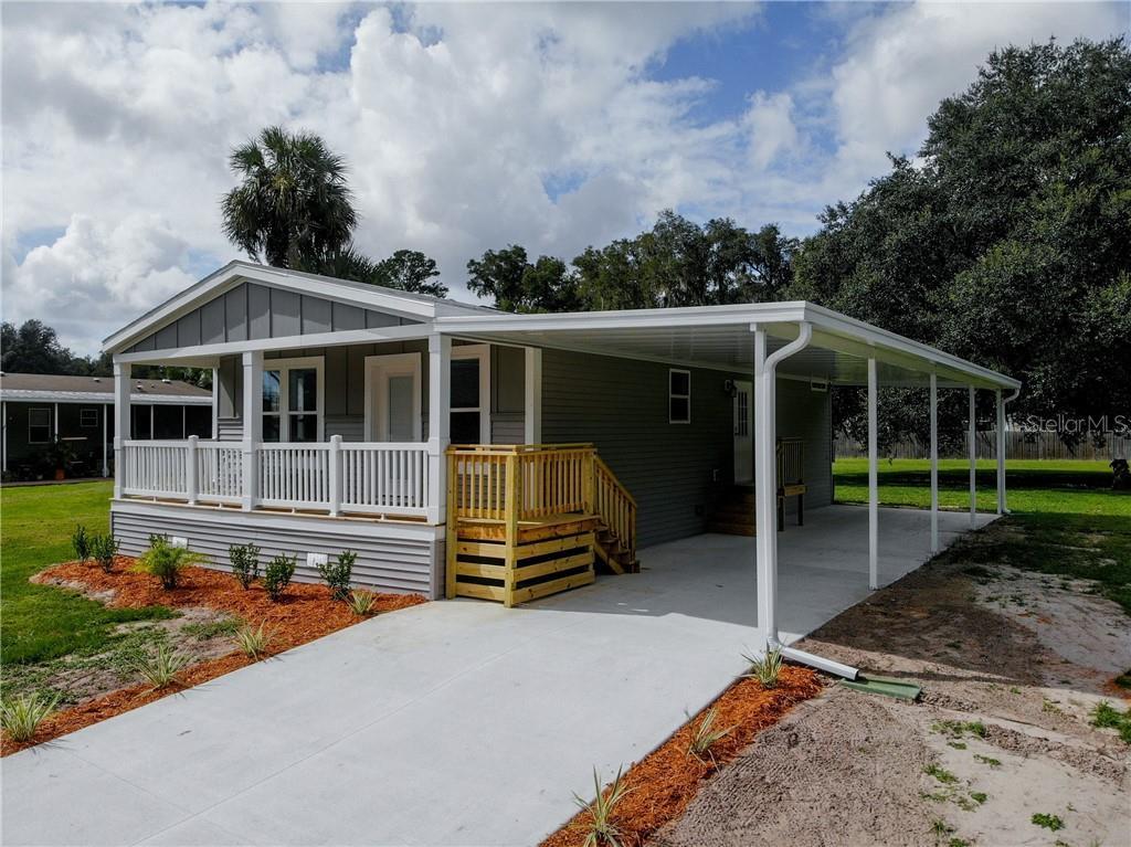 157 LAKE MARGO DRIVE Property Photo - SATSUMA, FL real estate listing