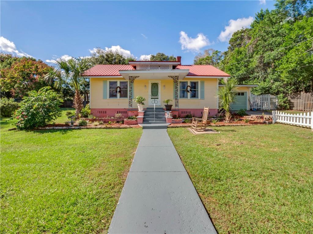 236 N Salisbury Avenue Property Photo
