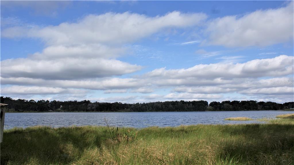 Lake Seneca Road Property Photo