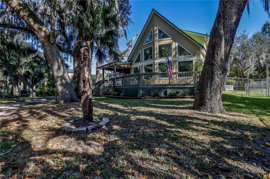 402 River Drive Property Photo