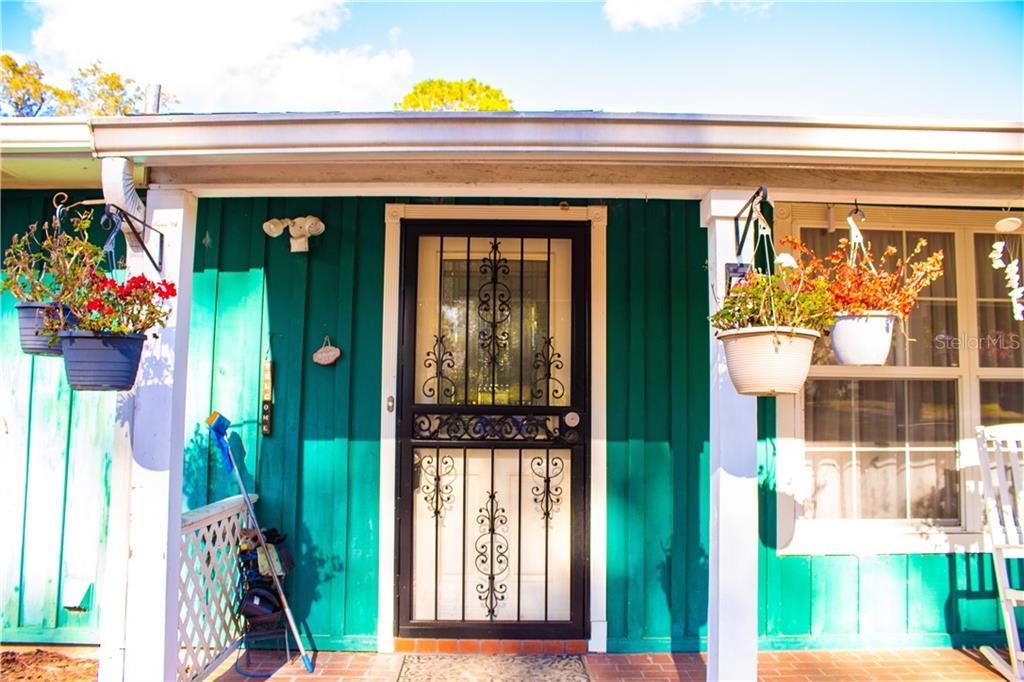 486 WOODS EDGE ROAD Property Photo - ORANGE CITY, FL real estate listing