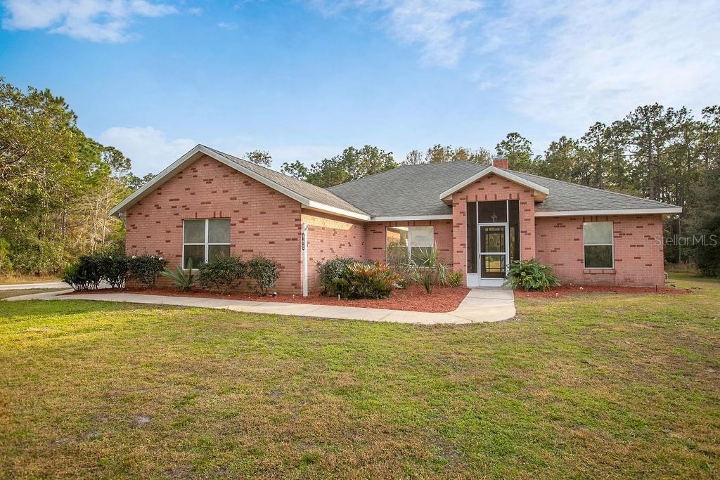 555 ANTLER AVENUE Property Photo - OSTEEN, FL real estate listing