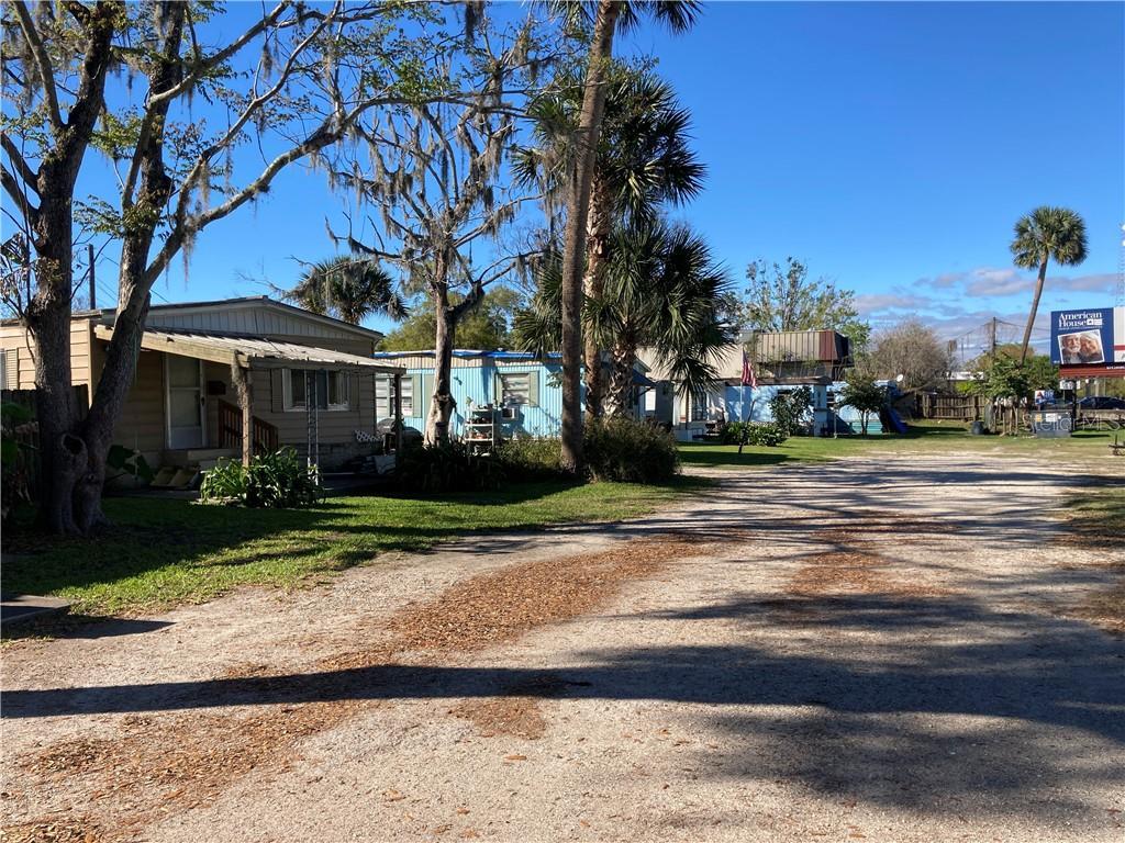 950 S Woodland Boulevard Property Photo