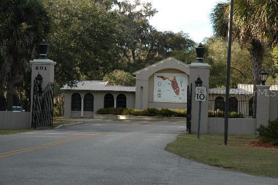Spring Garden Avenue Property Photo