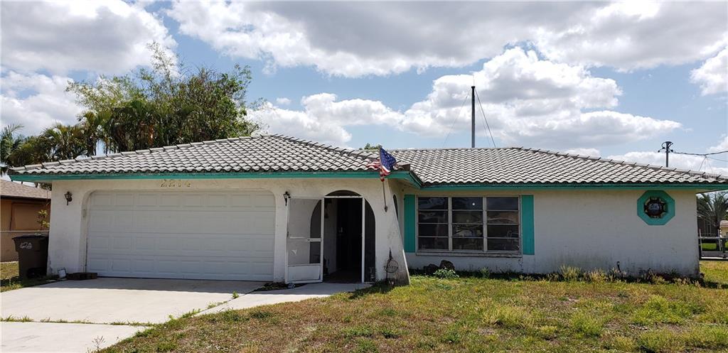 2214 SE 14TH TERRACE Property Photo - CAPE CORAL, FL real estate listing