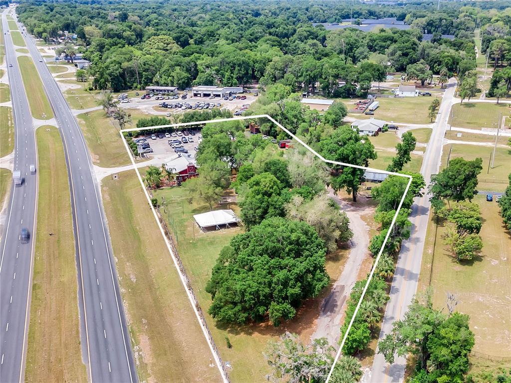 4425 N Us Highway 17 Property Photo