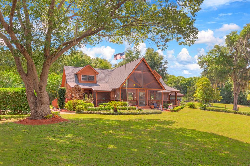 222 Tangerine Avenue Property Photo