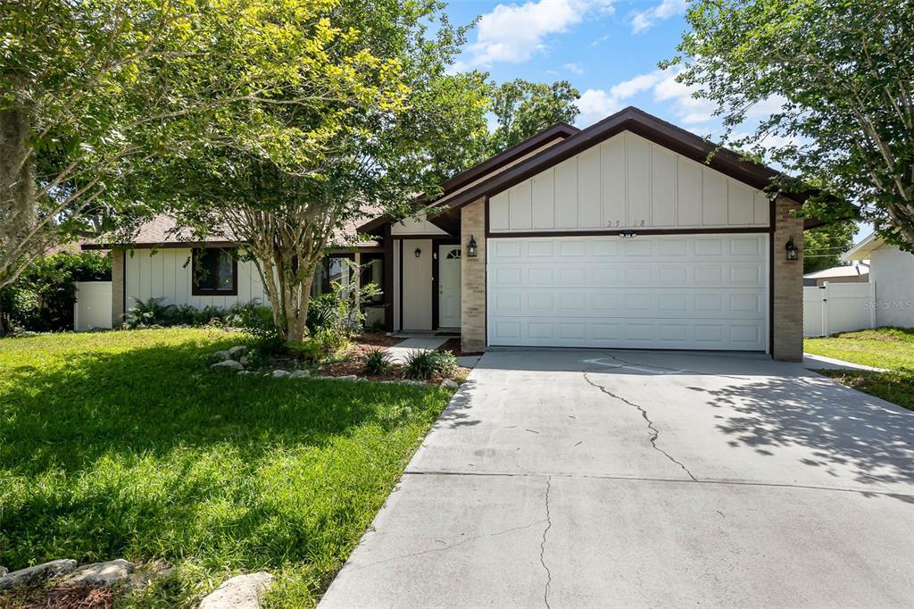 2528 Woodland Drive Property Photo