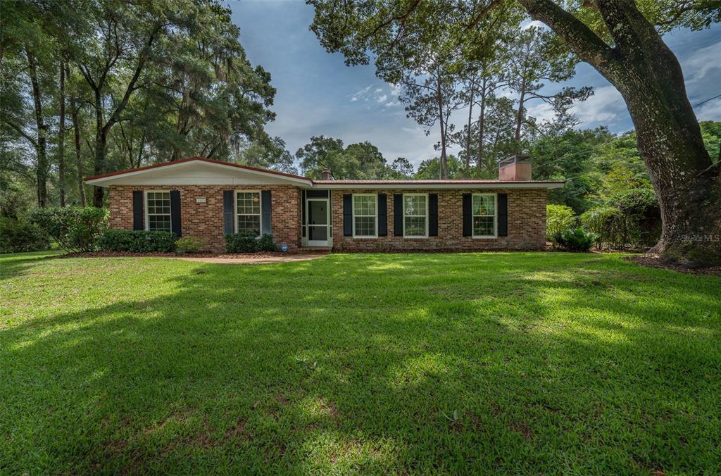 1423 S Ridgewood Avenue Property Photo 1