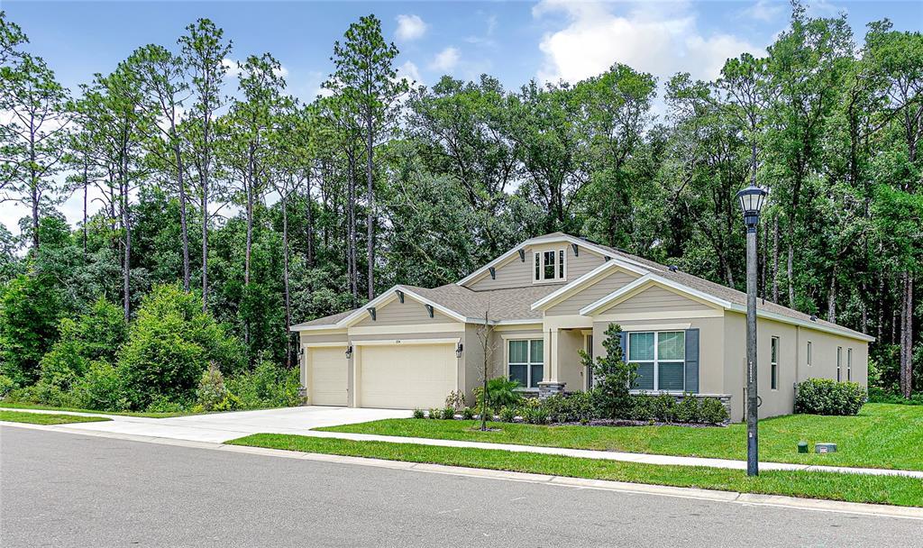 394 Holly Oak Boulevard Property Photo 1
