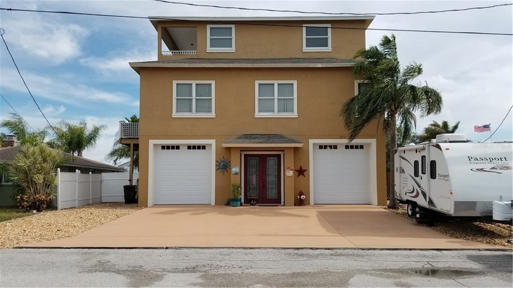 13810 E Celida Avenue W Property Photo