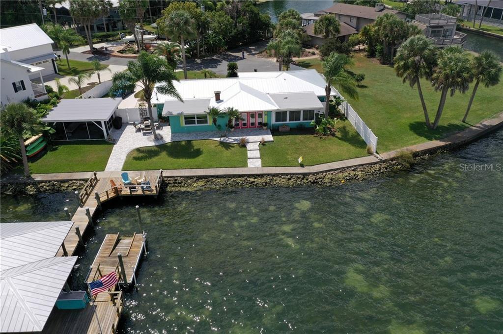 1125 N CRESCENT DR Property Photo - CRYSTAL RIVER, FL real estate listing