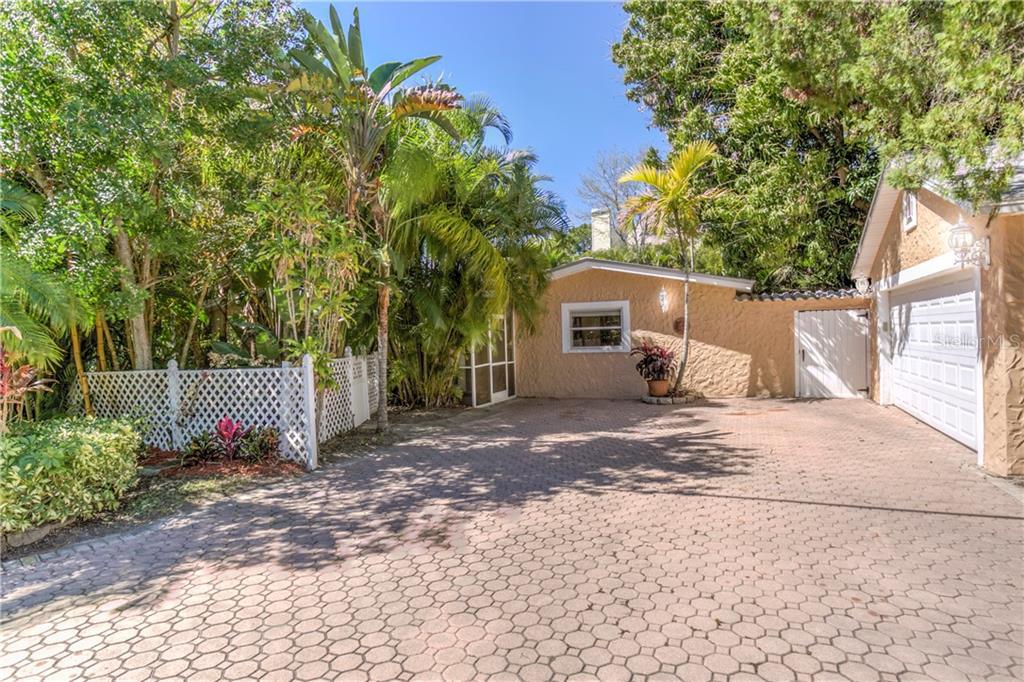 502 FLORIDA BOULEVARD Property Photo - CRYSTAL BEACH, FL real estate listing