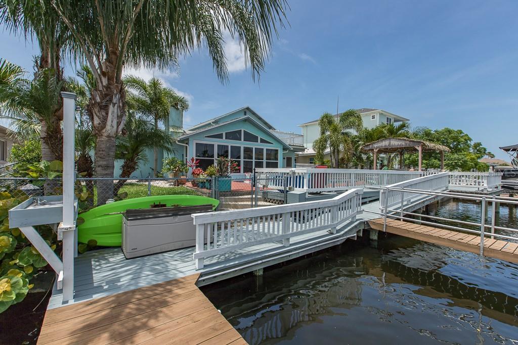 3915 Floramar Terrace Property Photo