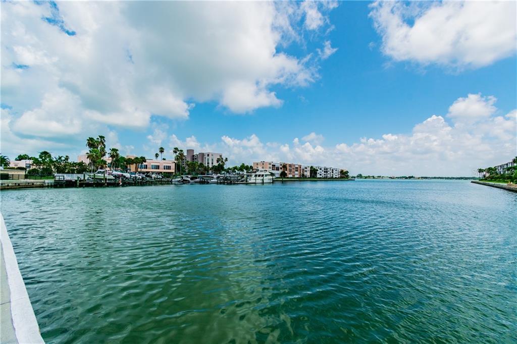 7420 Bay Island Drive S #176 Property Photo