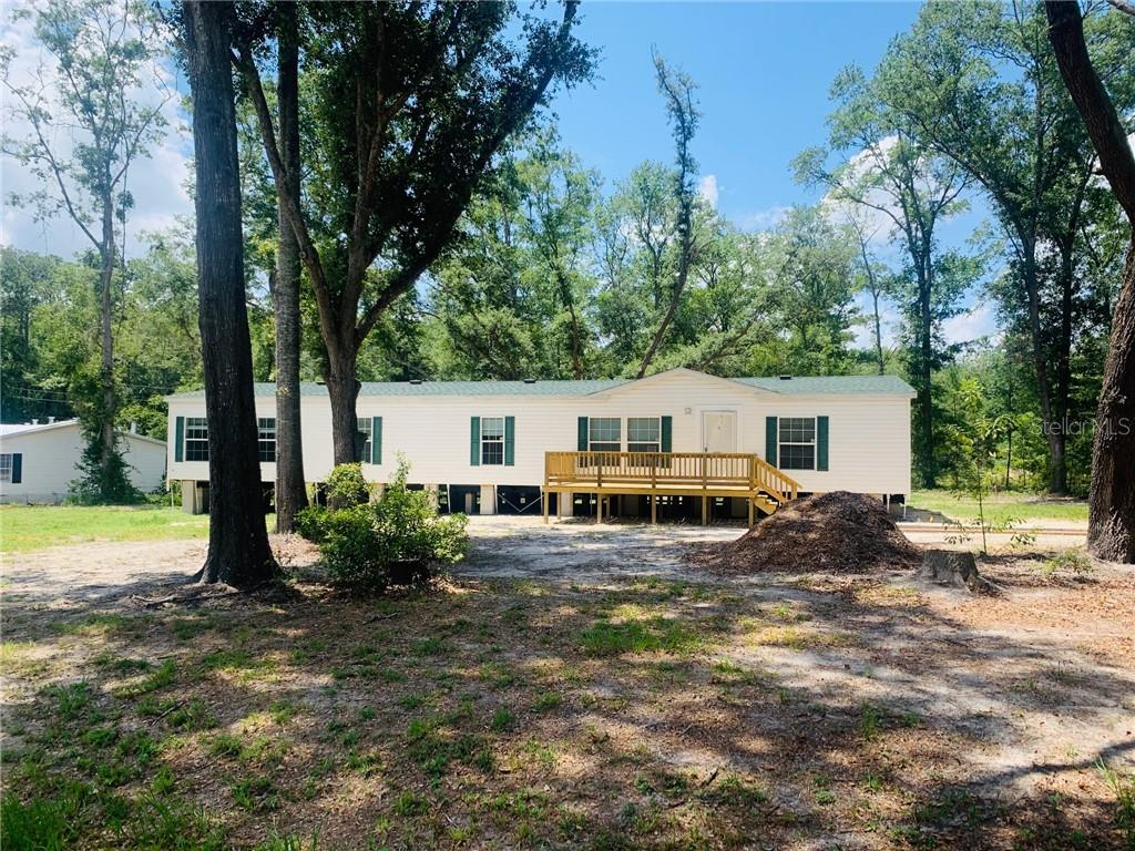 153 NW WHITNEY GLN Property Photo - LAKE CITY, FL real estate listing