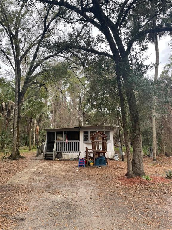64 N MAPLE STREET Property Photo - INGLIS, FL real estate listing