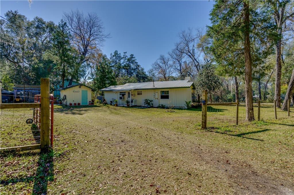 8567 Cr 636 Property Photo