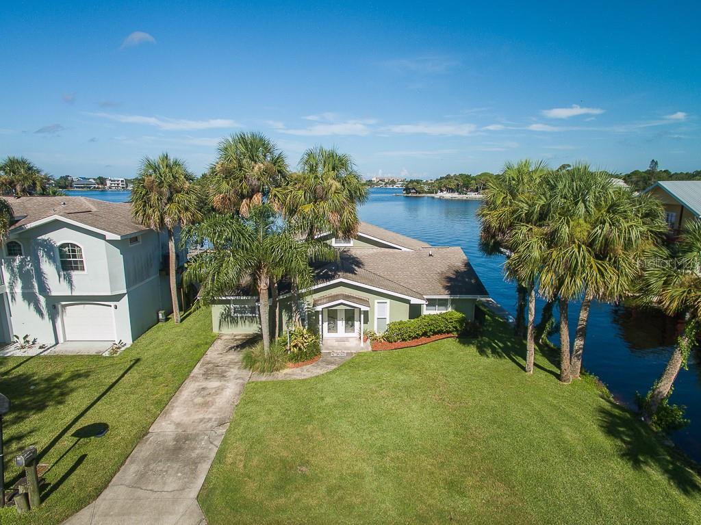 8237 HAYWARD LANE Property Photo - PORT RICHEY, FL real estate listing
