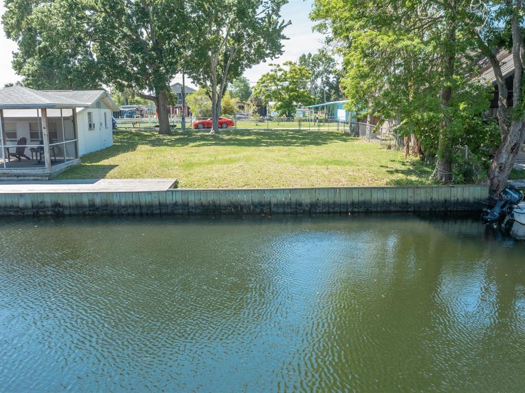 5271 Ray Drive Property Photo