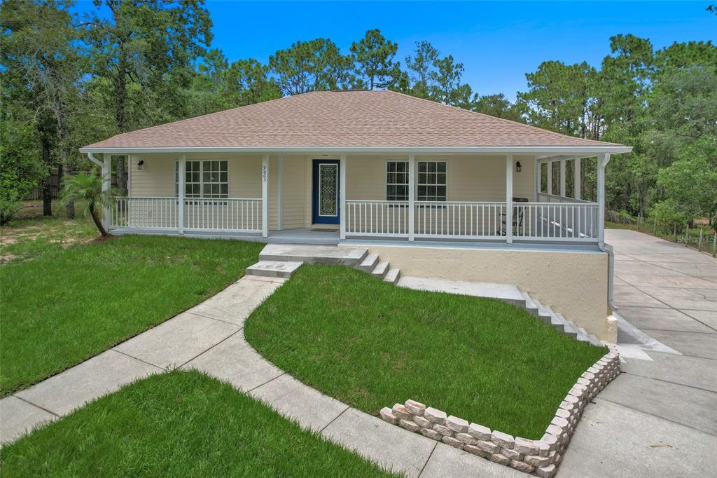 9005 Long Lake Avenue Property Photo