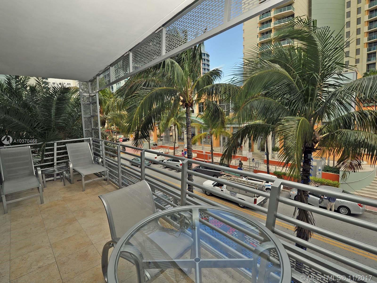 1437 Collins Ave #211 Property Photo