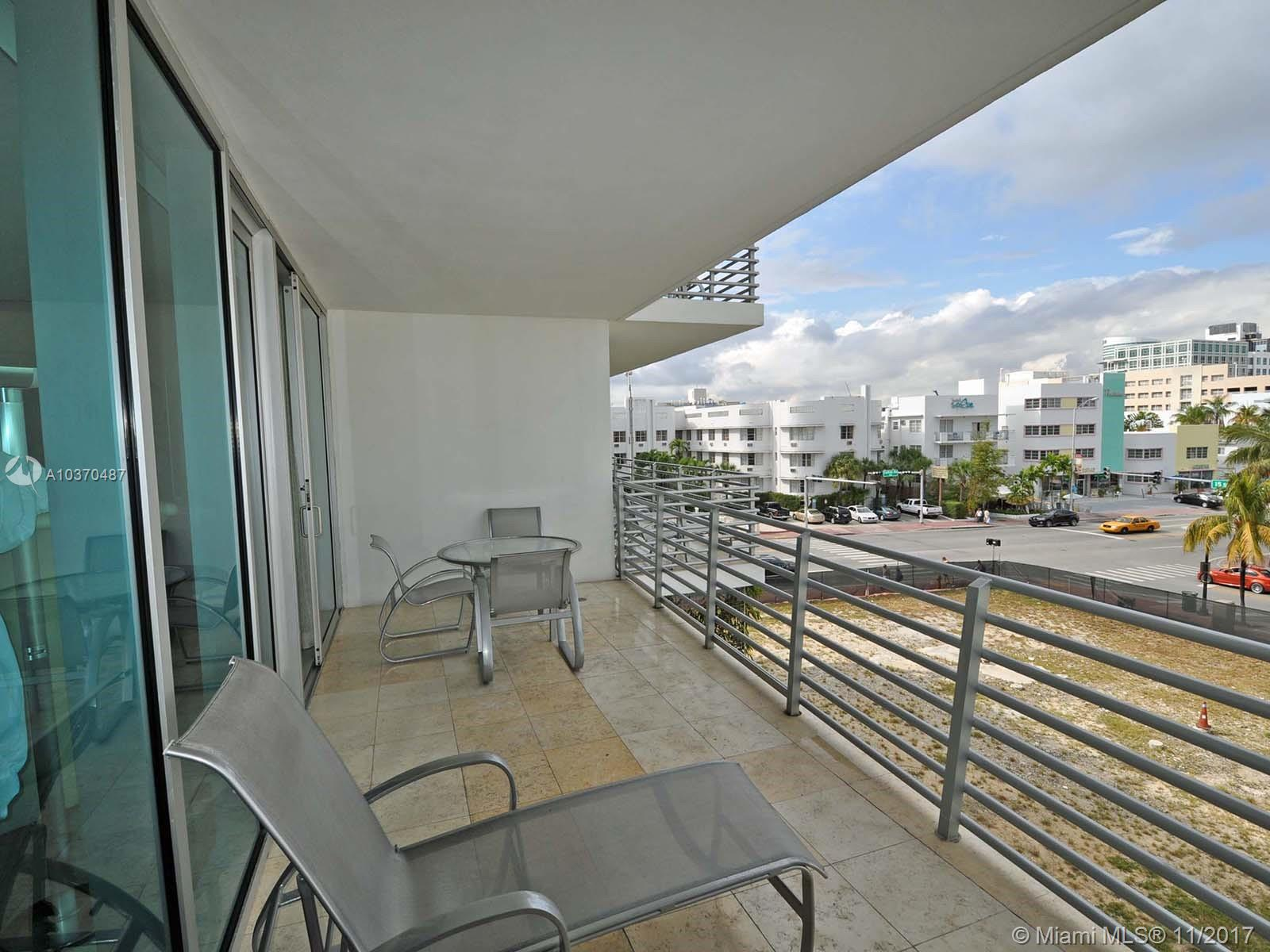 1437 Collins Ave #316 Property Photo