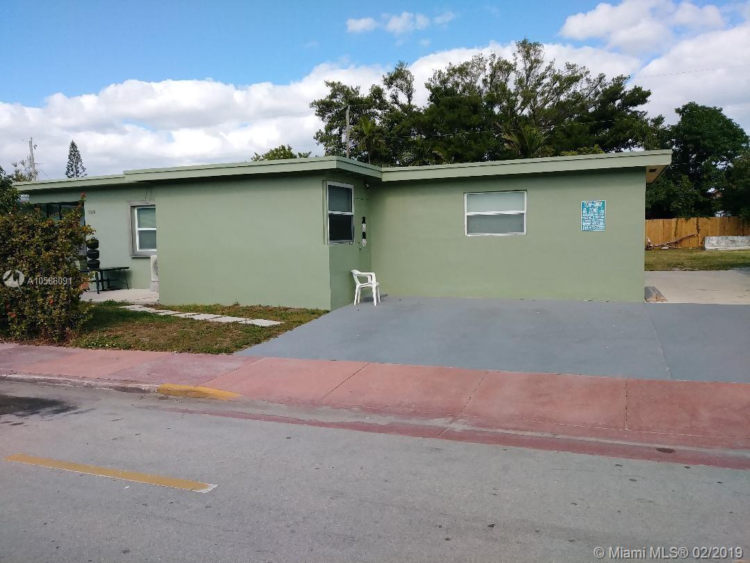 733 81st St Property Photo