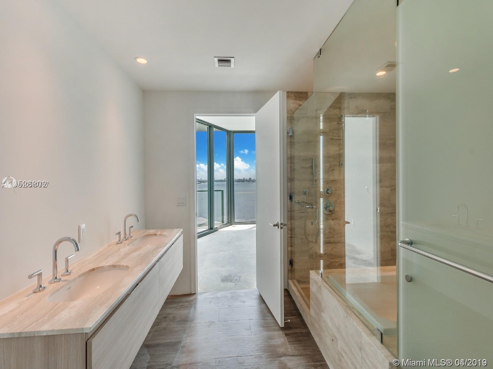 2900 NE 7th Ave #804 Property Photo