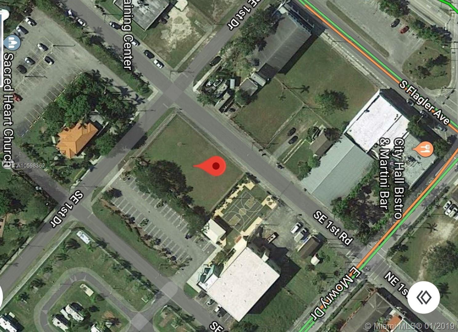 97 SE 1st Rd Property Photo