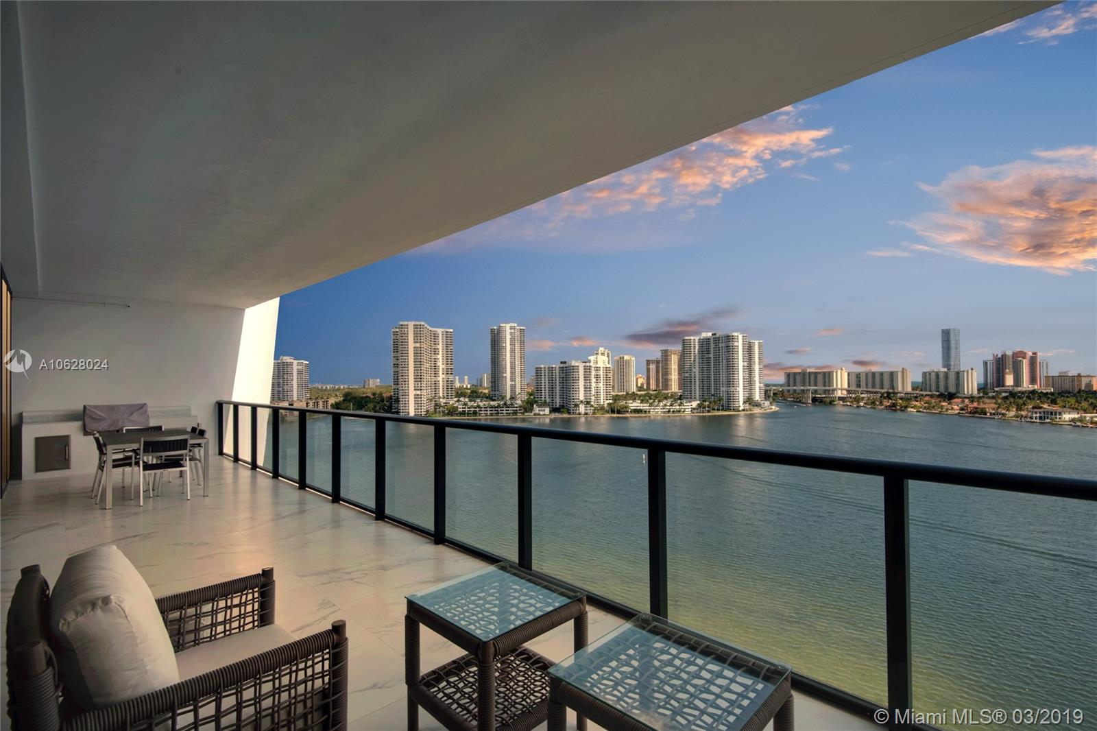 5500 Island Estates #902 Property Photo 1