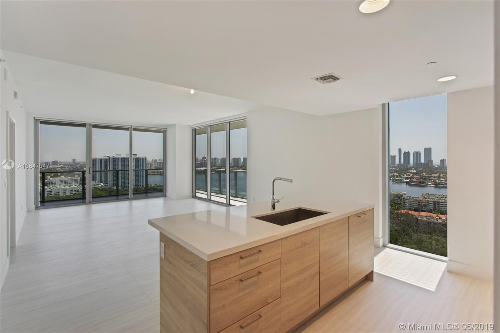 16385 Biscayne Blvd #2507 Property Photo