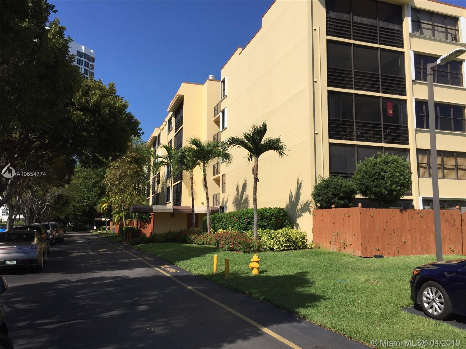 3440 Ne 192nd St #1e-a Property Photo