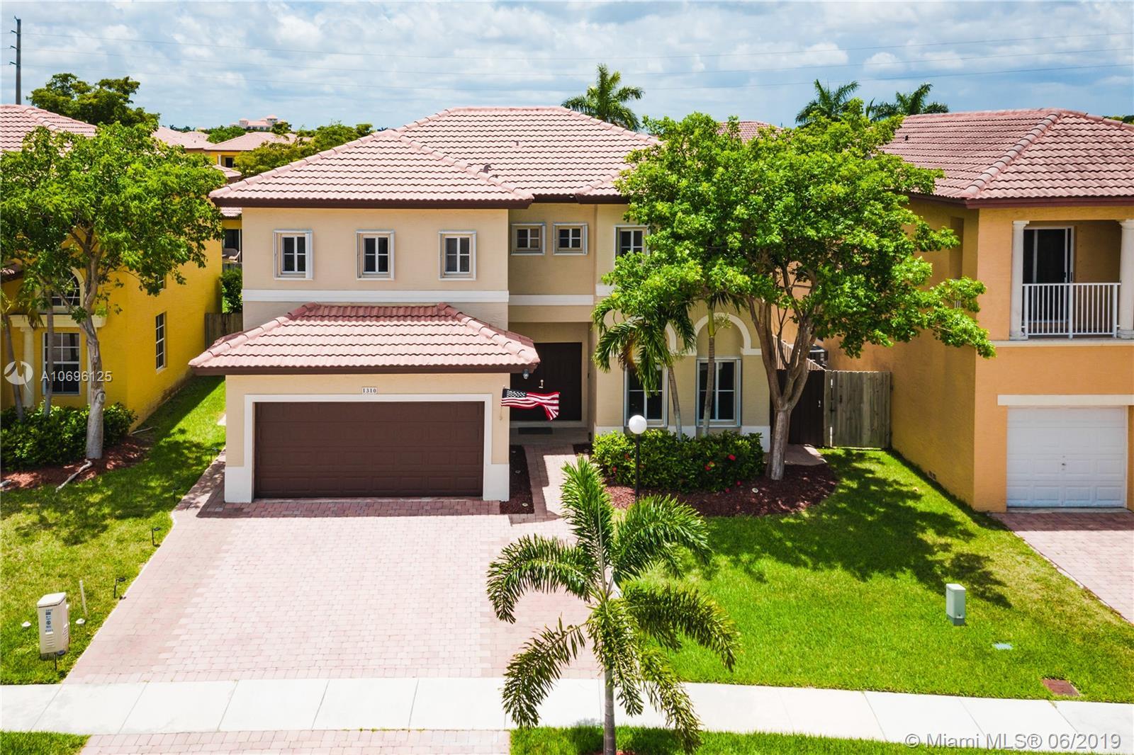 1310 NE 42nd Ave Property Photo