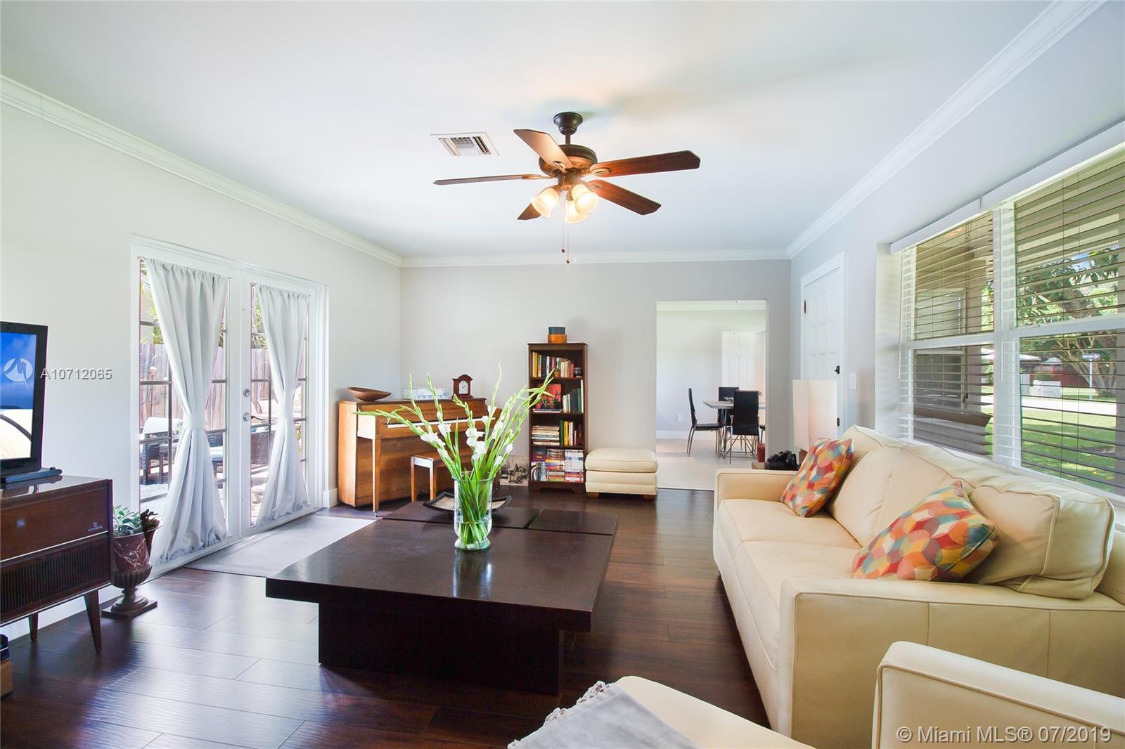 11990 NE 7th Ave Property Photo - Biscayne Park, FL real estate listing