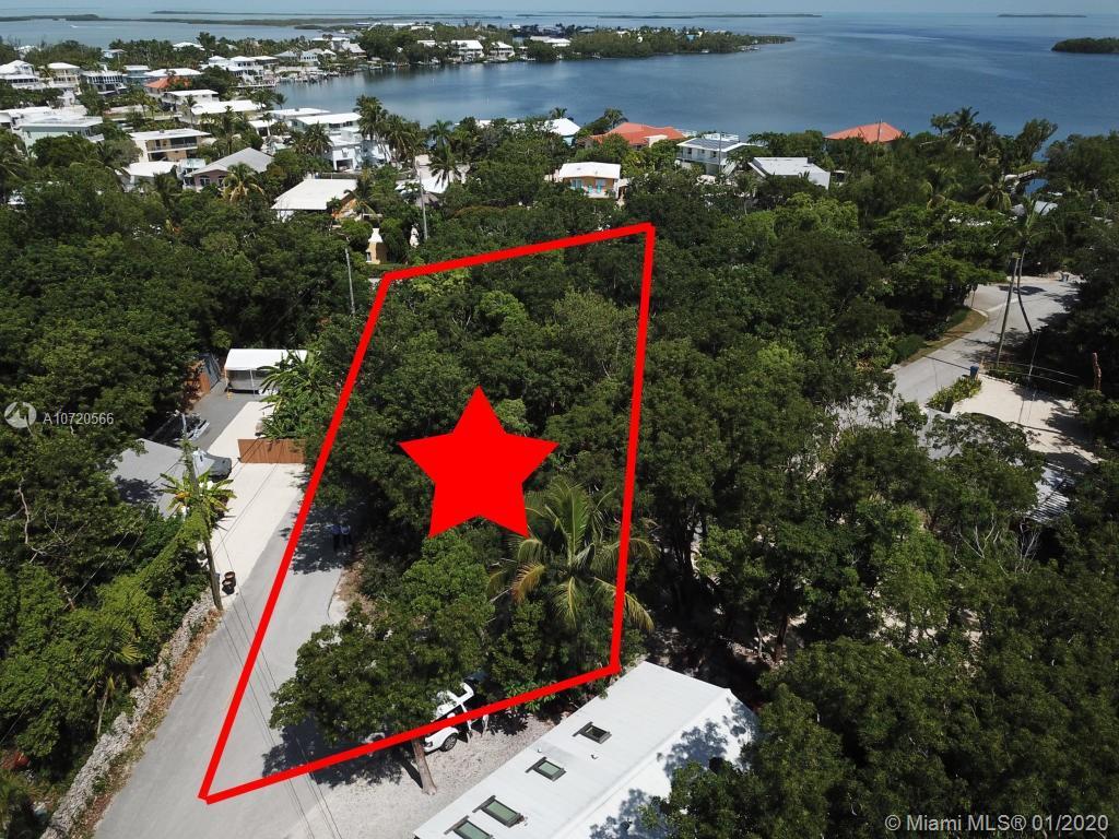 13 Pirates Dr, Key Largo, FL 33037 - Key Largo, FL real estate listing