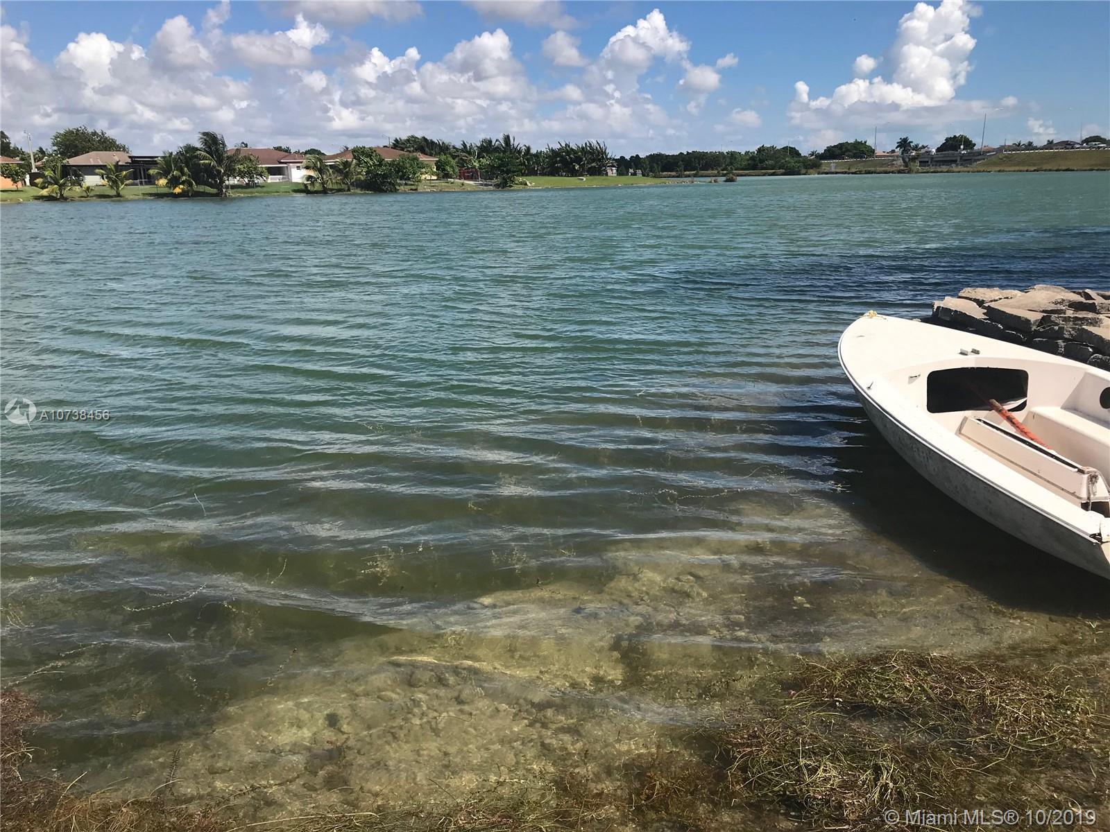 Salma Lake Ph 1 Real Estate Listings Main Image