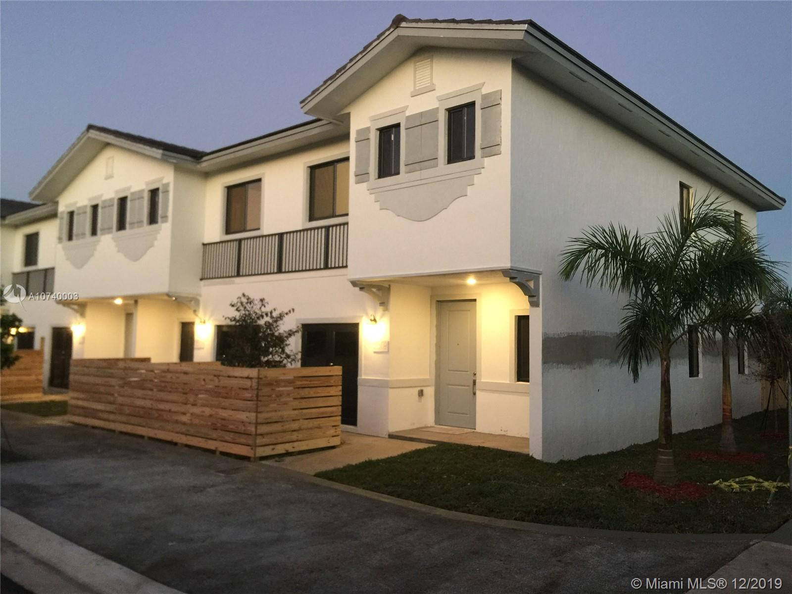 13313 Sw 250 Ter #305 Property Photo
