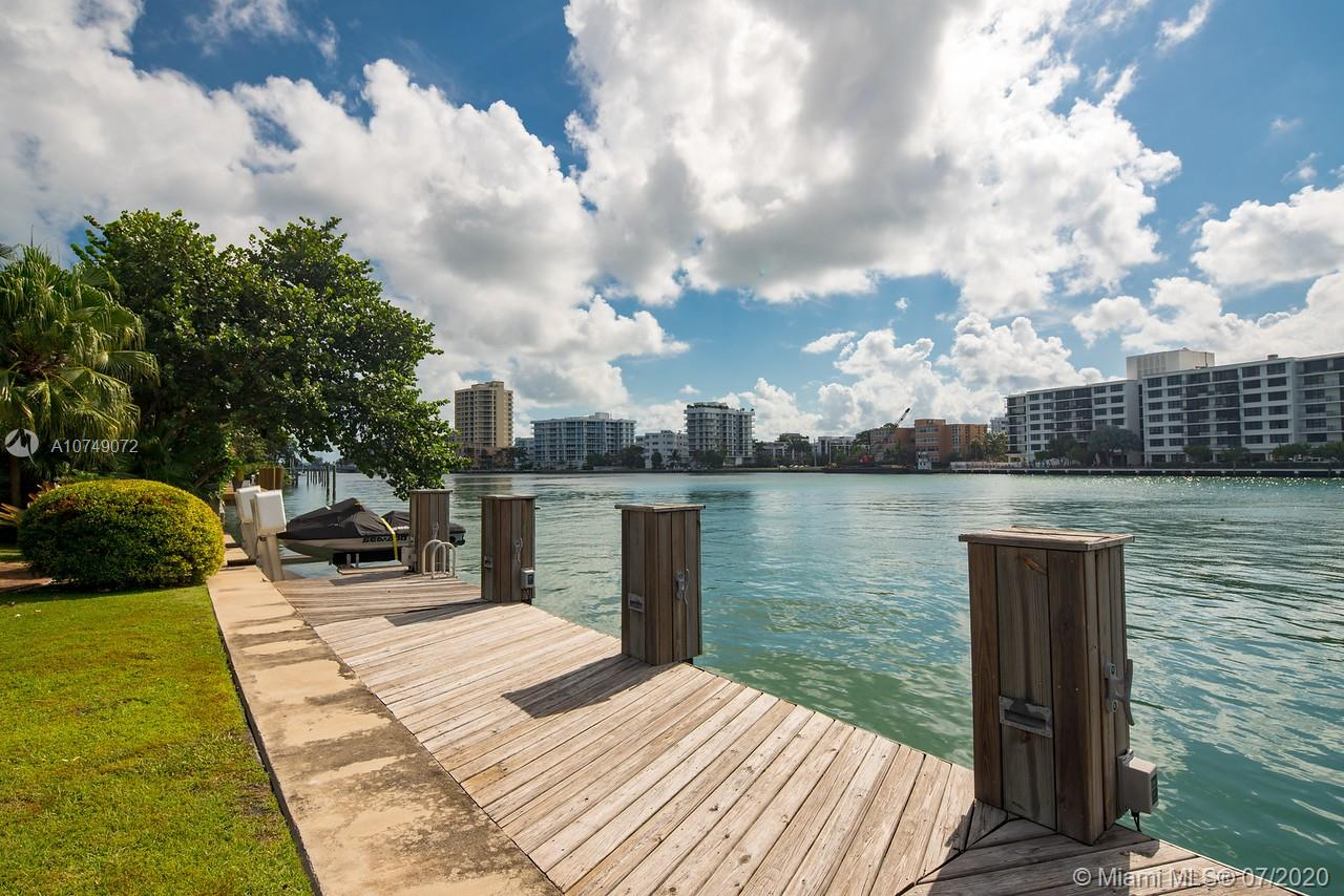 148 Bal Bay Property Photo - Bal Harbour, FL real estate listing