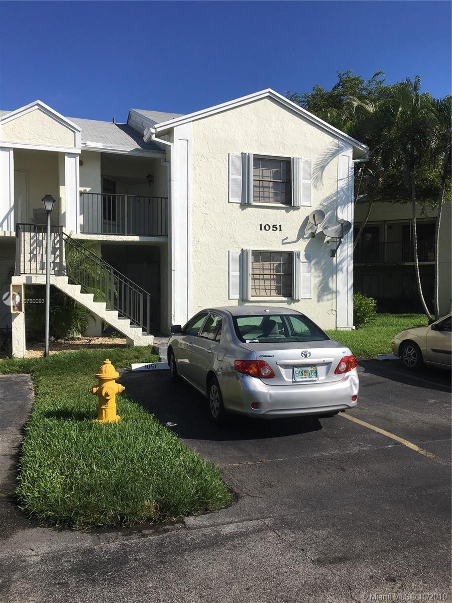 Lakeshore Condo 8 Real Estate Listings Main Image