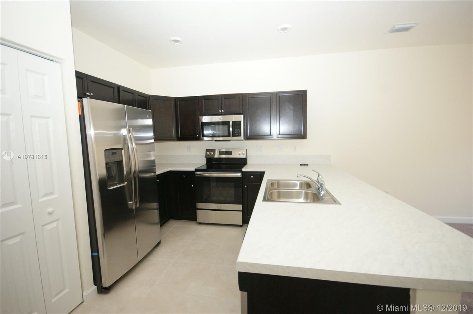 Artesa Community Real Estate Listings Main Image