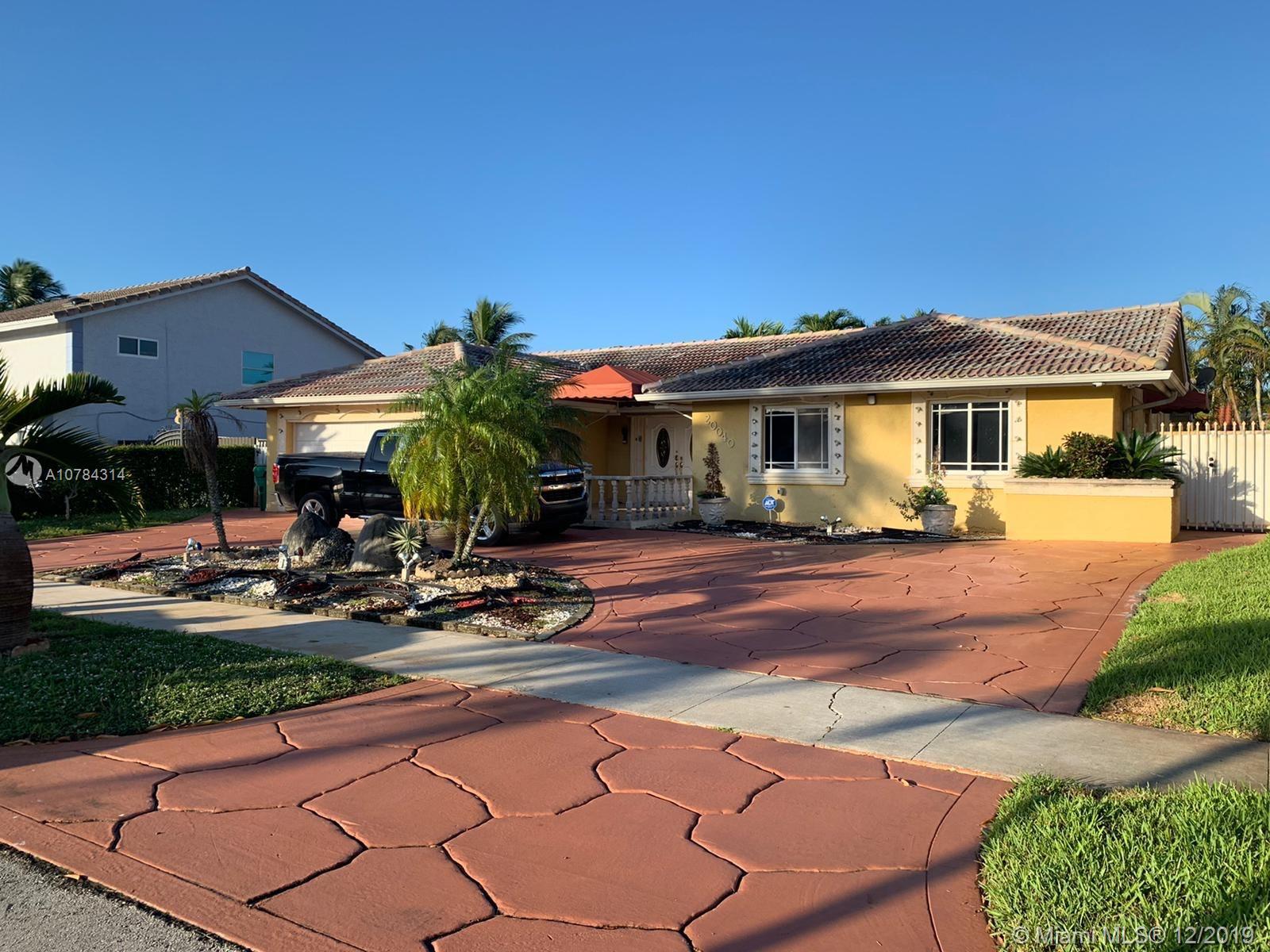 20040 NW 63rd ave, Hialeah, FL 33015 - Hialeah, FL real estate listing